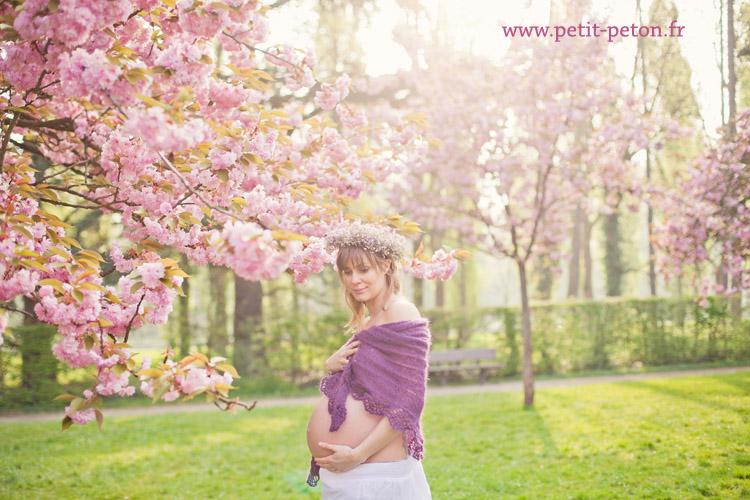 Séance photo maternité Paris avec Violaine - Photographe Paris grossesse
