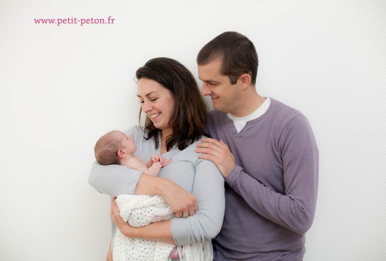 Séance photo nouveau né à Versailles avec la jolie Elise