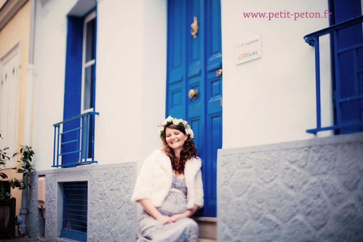 Photographe de grossesse à Paris : séance photo romantique