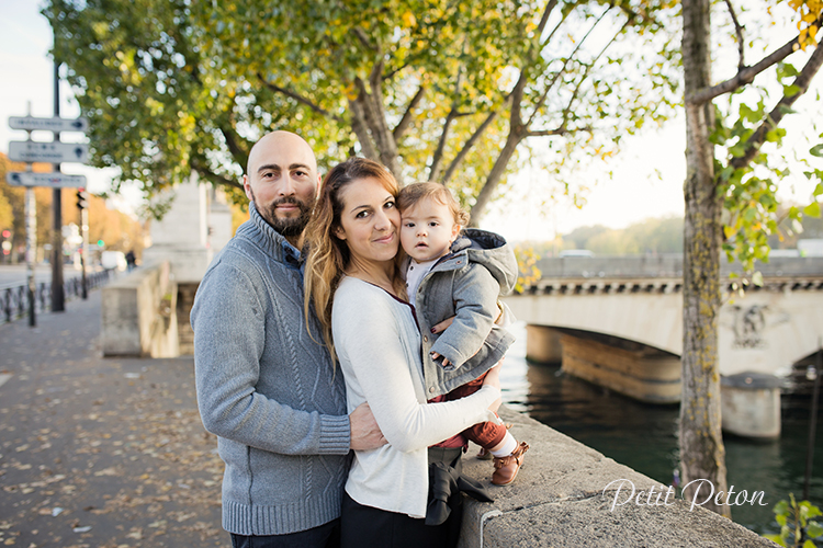 Séance photo automnale famille Paris – Photographe Paris