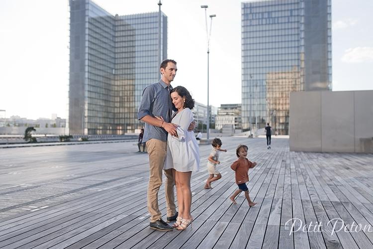 Séance photo femme enceinte paris extérieur