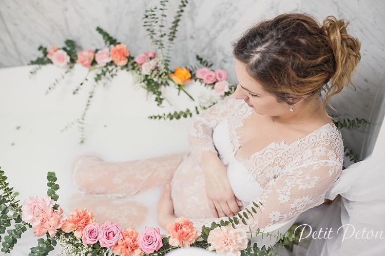 Séance photo grossesse bain de lait Paris