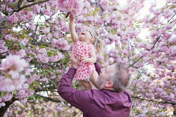 Photographe 92 Sceaux – séance photo famille cerisiers